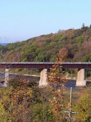 menesetung-bridge